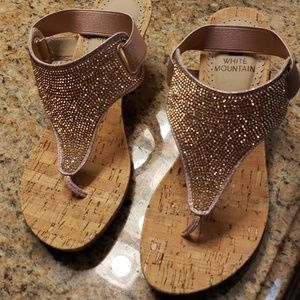 White Mountain Rose gold pink size 5.5 sandals